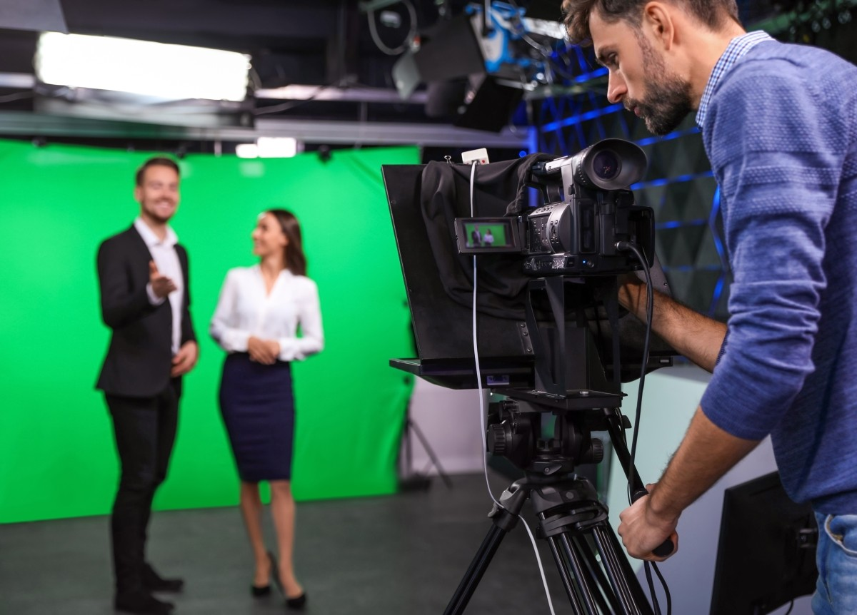 What are the qualities of a good presenter